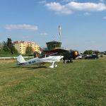 Broussard mit Gastflugzeug